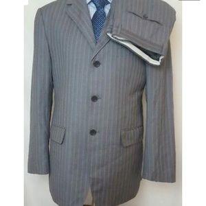 Giorgio Armani New Suit Size 56 40 Gray Stripe